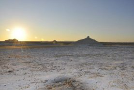 white desert 2 days 1 night